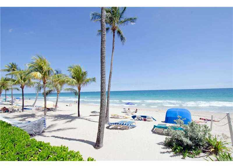 Beach views from Commodore condominium Ft Lauderdale