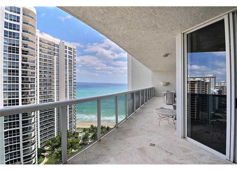 Views from a unit pending sale here in L'Hermitage Ft Lauderdale