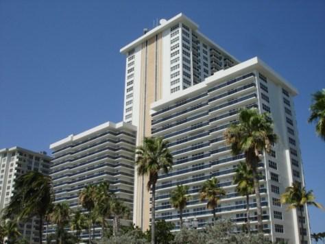 View Playa del Sol condominium Fort Lauderdale