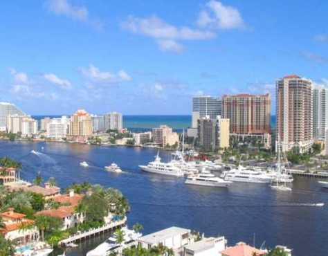 View of Fort Lauderdale condos F1160817