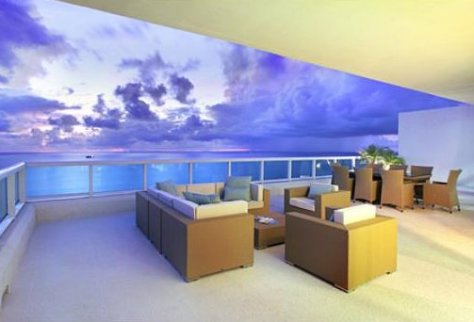 View of Luxury Condo in Las Olas Beach Club