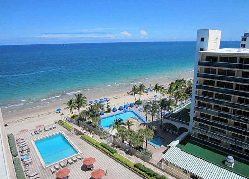 Superb ocean views condo for sale in The Galleon