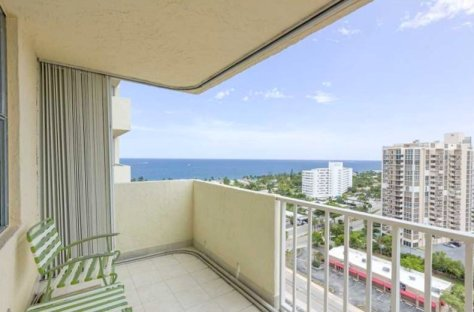 View from a Pet Friendly Fort Lauderdale condo for sale that welcomes pets under 20lbs