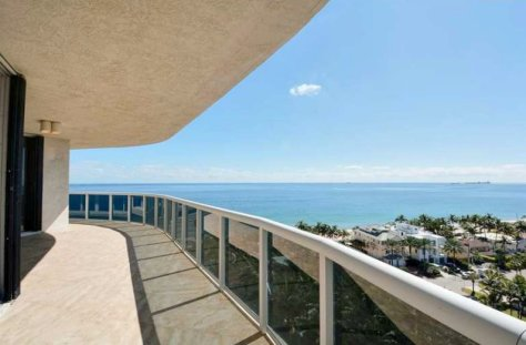 Ocean views pet friendly condo welcoming pets 20 lbs plus here on Galt Ocean Mile