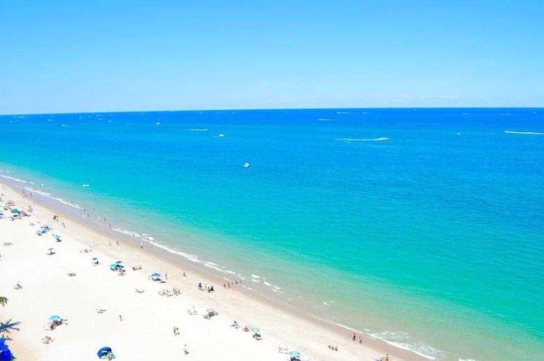 Stunning views Galt Ocean Mile condo rentals