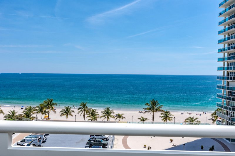 View one of the Playa del Mar condos for sale Fort Lauderdale