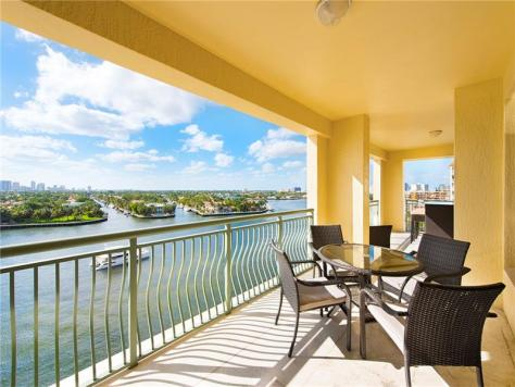 View from a luxury Fort Lauderdale condo for sale on the Intracoastal