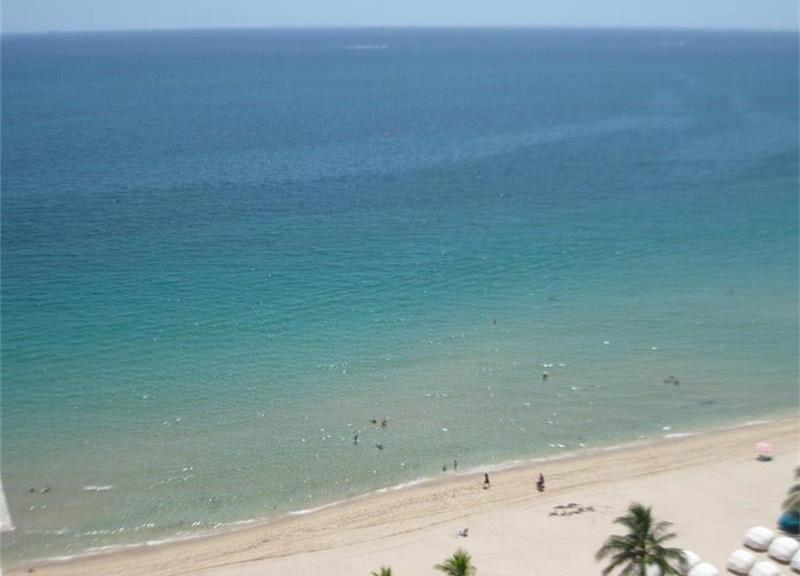 View Fort Lauderdale oceanfront condo for sale Playa del Mar Galt Ocean Mile