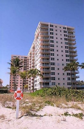 view-sea-ranch-lakes-condos-lauderdale-by-the-sea-fort-lauderdale-F1328557-unit-1114