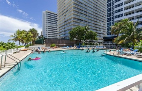 View Fort Lauderdale pet friendly condos for sale that welcomes Pets Under 20lbs