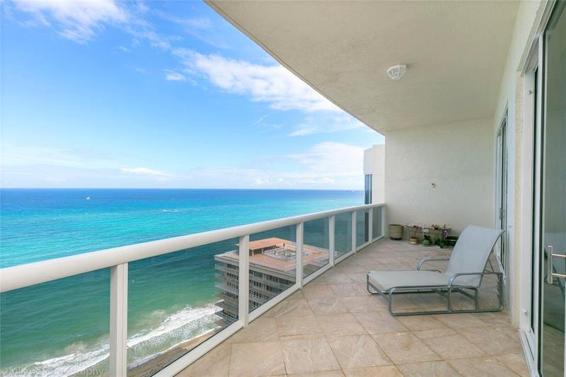 View luxury Galt Ocean Mile condo for sale L'Ambiance Fort Lauderdale - Unit 2503