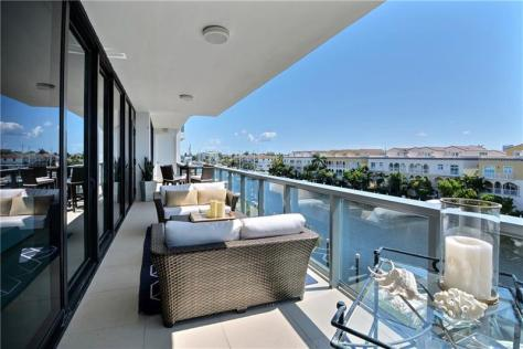 View 3 bedroom luxury Fort Lauderdale condo for sale on the Intrascoastal