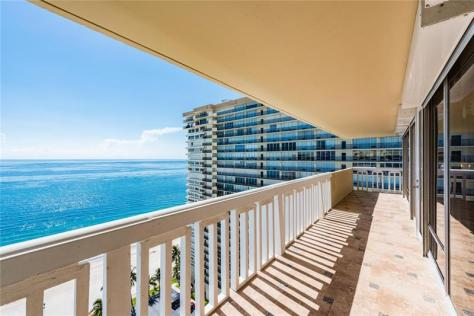 View oceanfront condo recently sold in Plaza East on Galt Ocean Mile - Unit 20A