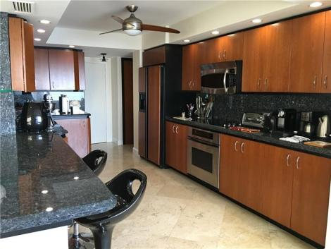 kitchen-fountainhead-fort-lauderdale-condo-sold-highest-price-2017-unit-7e-A10070095