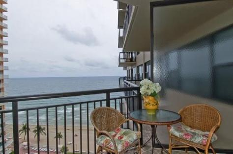View Galt Ocean Club Galt Ocean Mile condo recently sold - Unit 1002