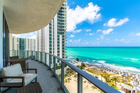 View 2 bedroom Fort Lauderdale pet friendly oceanfront condo for sale