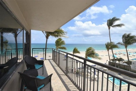 View Galt Ocean Mile condo just listed for sale Galt Ocean Club - Unit 306