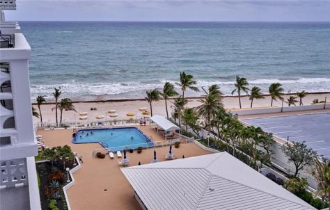 View 2 bedroom Galt Ocean Mile condo for sale Ocean Summit - Unit 810