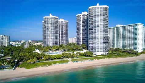 View of L'Hermitage condominium 3100 N Ocean Blvd Fort Lauderdale, Florida