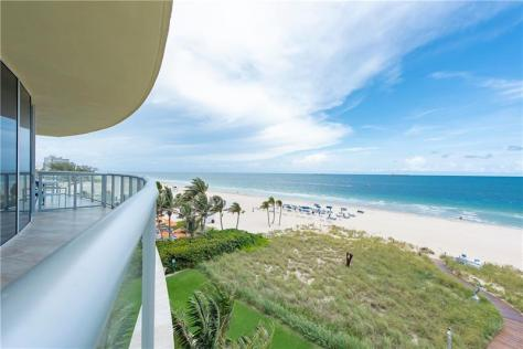 View 2 bedroom Fort Lauderdale condo for sale