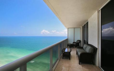 View Greater Fort Lauderdale Pet Friendly oceanfront condo for sale - welcomes larger pets!