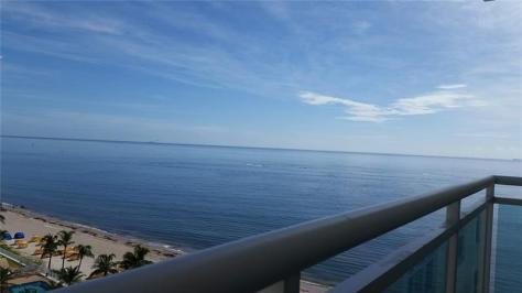 View Galt Ocean Mile condo Playa del Mar pending sale - Unit 1016