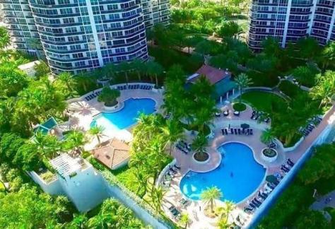 Aerial view pools at L'Hermitage condominium Galt Ocean Mile