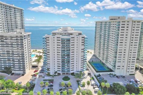 View Galt Ocean Mile condominium The Commodore 3430 Galt Ocean Drive Fort Lauderdale