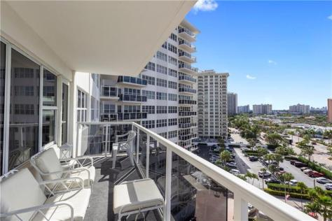 View Royal Ambassador condo 3700 Galt Ocean Drive just listed for sale - Unit 915