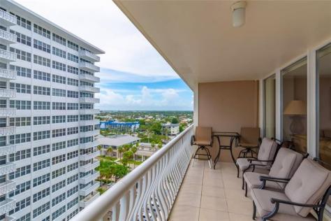 View from the 3 bedroom Galt Ocean Mile condo sold in Ocean Club Fort Lauderdale in 2018