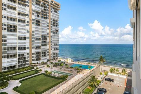 View Galt Ocean Mile condo just listed for sale Galt Towers 4250 Galt Ocean Drive Fort Lauderdale