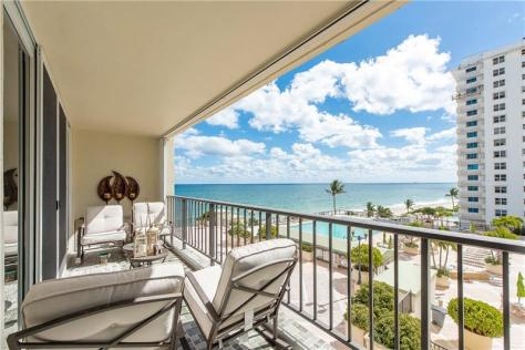 View 2 bedroom Galt Ocean Mile condo recently sold in Plaza South