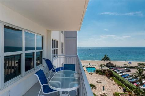 View luxury 2 bedroom Galt Ocean Mile condo recently sold in Regency Tower South