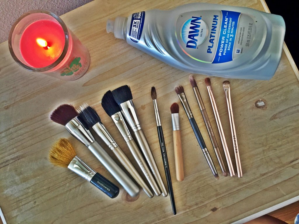 How To: Clean Your Make-Up Brushes