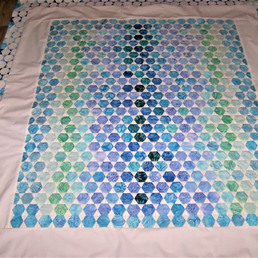 hexie quilt, paper pieced, paper piecing, foundation piecing. no english paper pieced hexie