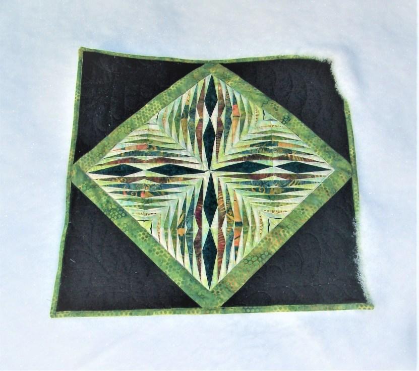 paper pieced quilt mini