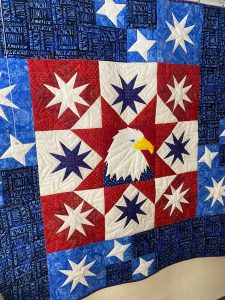 patriotic quilt with eagle and stars