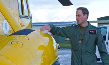 Duke-of-Cambridge-at-RAF--011