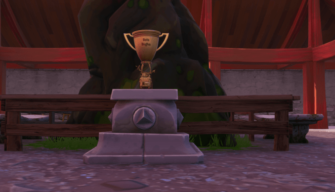 Fortnite v10.10 Map Changes - World Cup Solo Winner Trophy in Lucky Landing