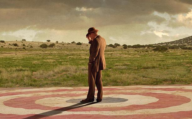 Einer der Väter der Bombe: Frank Winter (John Benjamin Hickey); Foto: Lionsgate TV