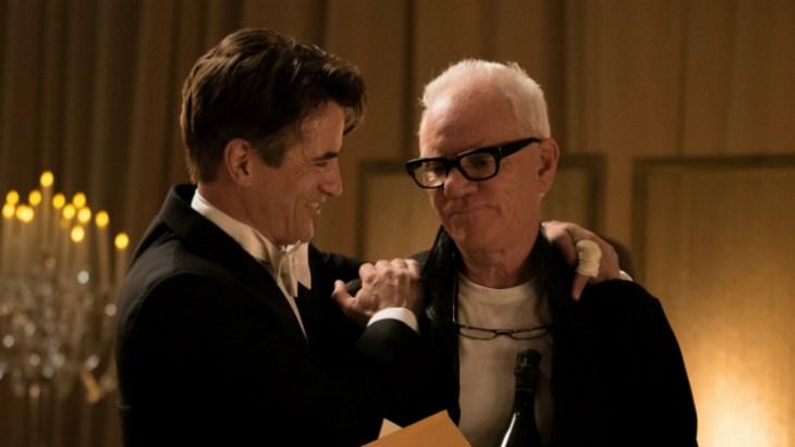 Walsh (Dermot Mulroney) und Thomas Pembridge (Malcolm McDowell) haben ihre ganz eigenen Probleme mit ihrem Genie und ihrem Wahnsinn; Foto: Amazon Studios/Ali Goldstein