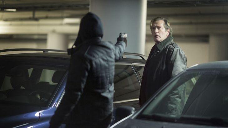 Segnet Hans Pettersson (Dag Malmberg) vorzeitig das Zeitliche? Bitte nicht... Foto: ZDF/Carolina Romare