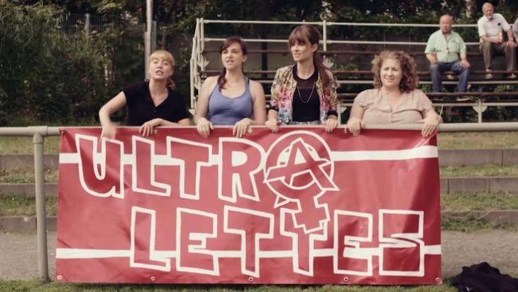Die Ultralettes machen Stimmung. Foto: TELE 5/YouTube
