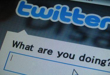 HERRAMIENTA. Twitter también puede ayudar a ganar dinero a través de la Bolsa.