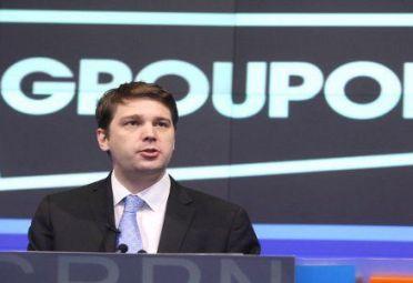 ANDREW MASON. Ex CEO y fundador de Groupon.