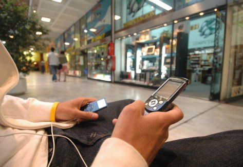PRECIOS CUIDADOS, Programan paquetes para la telefonía celular.