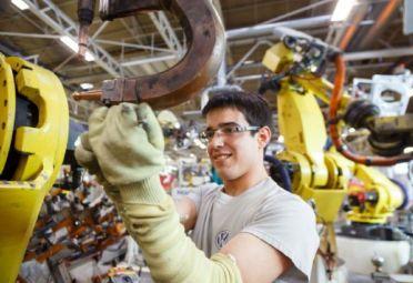La producción de las Pymes industriales cayó 7,4%