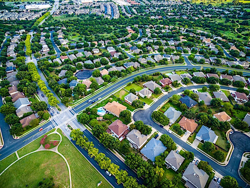 Summer Real Estate Trends In 3 Of Today's Most Popular Cities