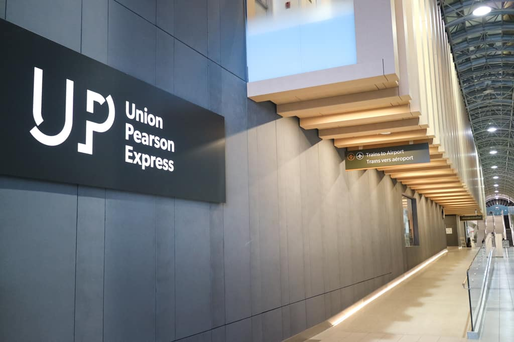 UP Express, Traveling from Pearson Airport to Toronto Downtown