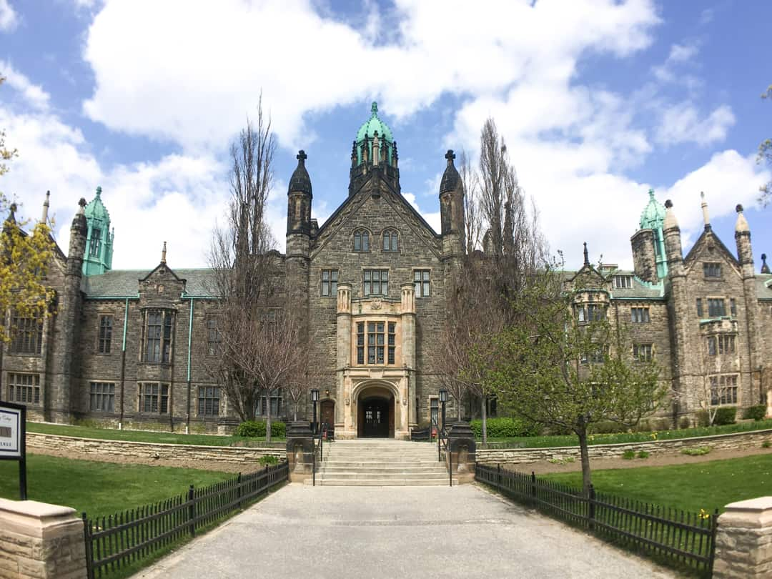 Places to visit in Toronto for photographers - University of Toronto